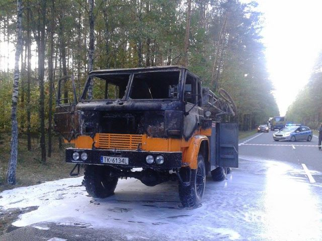 Pożar samochodu 03