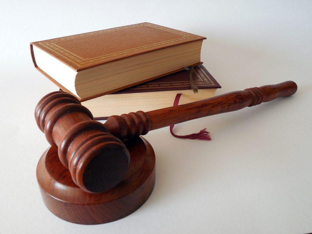 prawo, młotek, sąd