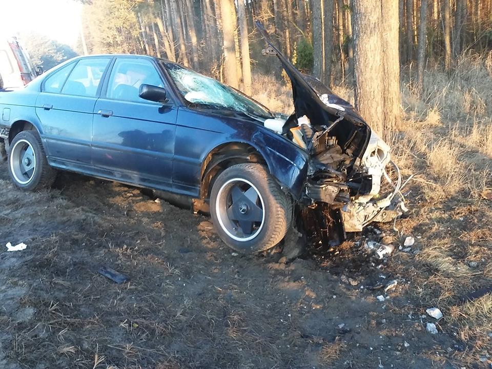 Wypadek BMW w Baraku