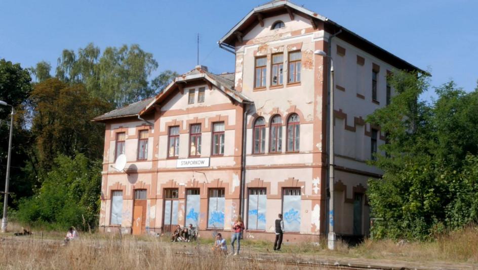 Dworzec w Stąporkowie