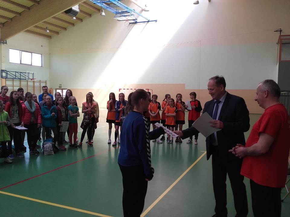 Puchar Burmistrza w piłce ręcznej dziewcząt 5