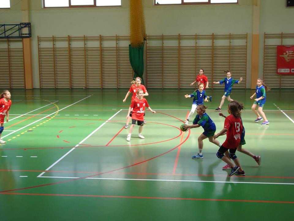 VII Wiosenny Turniej Piłki Ręcznej Dziewcząt Szkół Podstawowych 5
