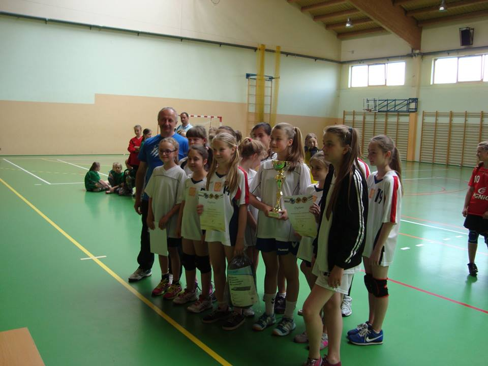 Zwyciężczynie turnieju - SP Stadnicka Wola