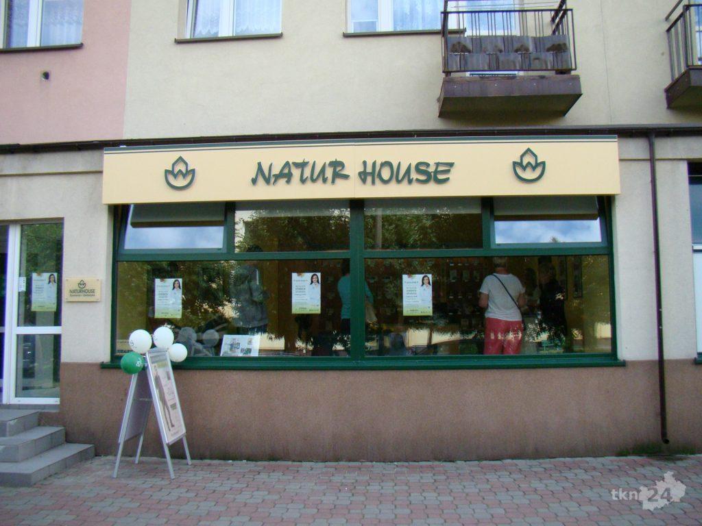 Naturhouse ma swoją siedzibę w Końskich przy ulic Hubala 11.