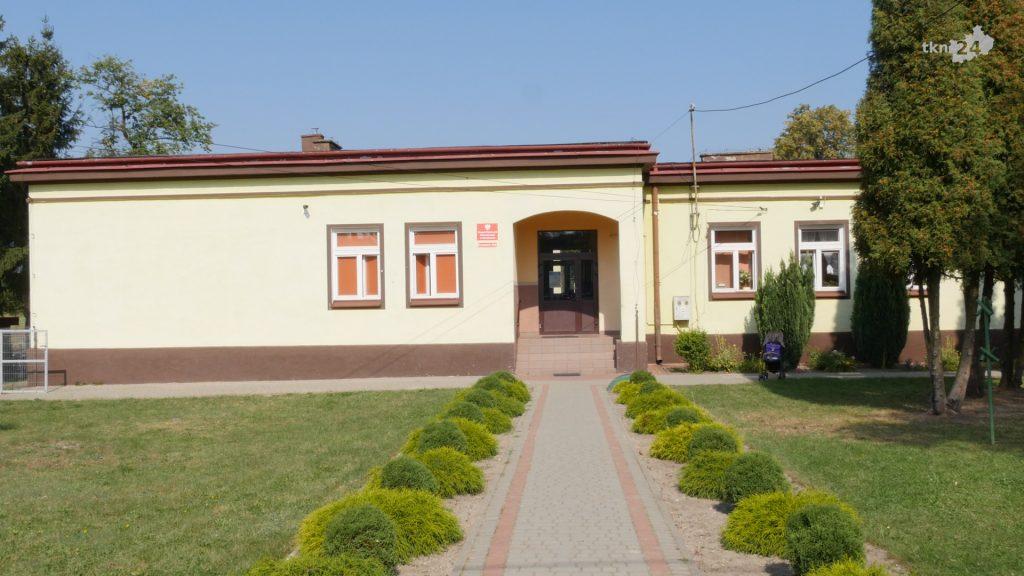 100-lecie szkoły w Pomykowie i 70-lecie ZSP nr 2 03