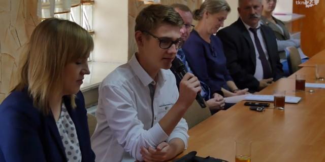 Hubert Zaleśny - przewodniczący Gimnazjum w Radoszycach był jednym z inicjatorów utworzenia Młodzieżowej Rady Gminy.