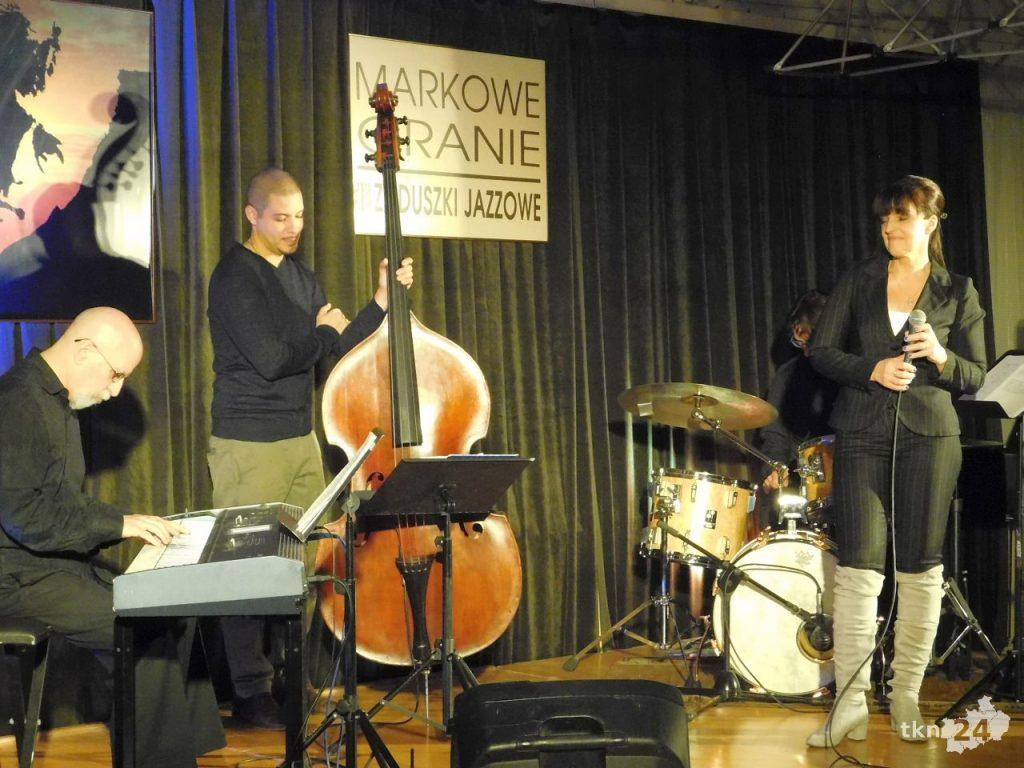 Zaduszki Jazzowe z Ewą Urygą w Końskich 11